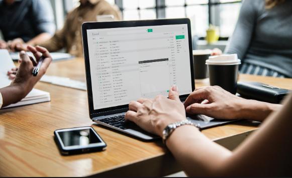 Principaux avantages des services de marketing en ligne